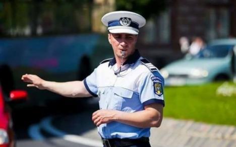 """Polițistul Marian Godină, din nou """"viral"""" pe Facebook. Vezi cum îi va afecta pe """"mascați"""" modificarea codurilor Penale!"""