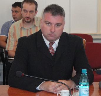 PNL are un reprezentant nou în Consiliul Judeţean Bihor: Marius Chipurici
