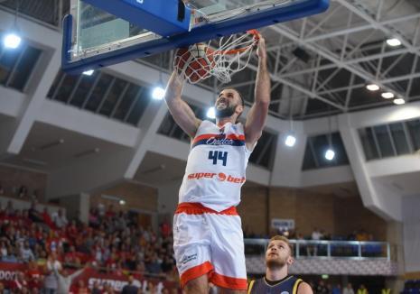 CSM CSU Oradea a câştigat şi meciul din Elveţia şi este pe primul loc în Grupa D a FIBA Europe Cup