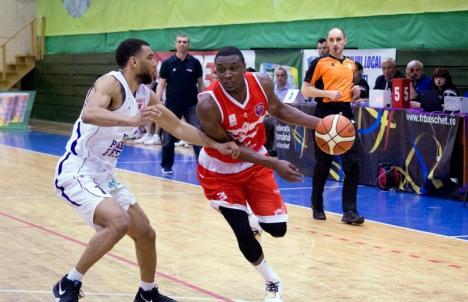 Victorie în prelungiri: După o revenire spectaculoasă, CSM CSU Oradea s-a impus în jocul de la Piteşti