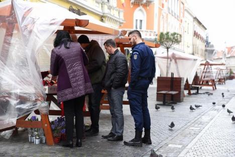 Mărţişor înfrigurat. Vânzările de mărțișoare de pe Corso s-au înjumătățit față de anul trecut (FOTO)