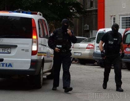 Percheziții la traficanți de cocaină și cămătari din Bihor și Timiș