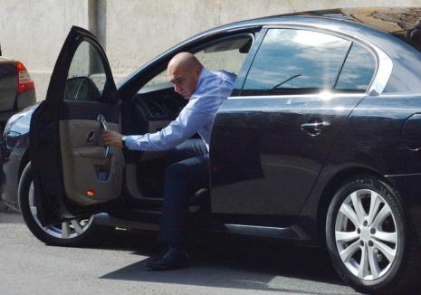 Bihorel: Zece efecte ale suspendării carnetului de conducere al primarului Bolojan