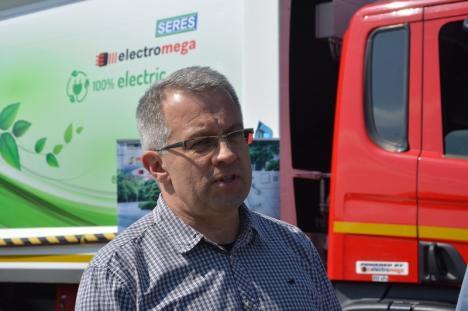 e-Gunoiera: RER adună gunoaiele din Oradea cu o autospecială electrică (FOTO/VIDEO)