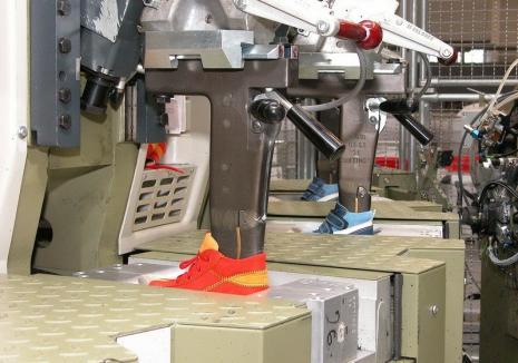 Patroana unei fabrici de pantofi din Oradea, inculpată pentru evaziune fiscală: paguba, peste 350.000 lei