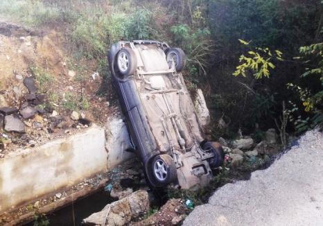 Autoaccidentare fatală: Un bărbat din Pietroasa a murit, după ce s-a răsturnat cu maşina