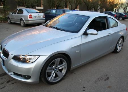 Un BMW furat din Italia, găsit la un orădean oprit în trafic
