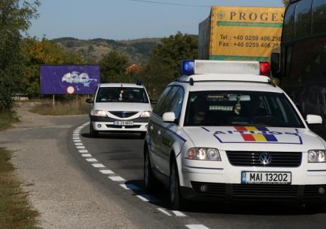 Urmărire ca-n filme prin Oradea: Un poliţist aflat în timpul liber a prins un şofer care a fugit de agenţii rutieri