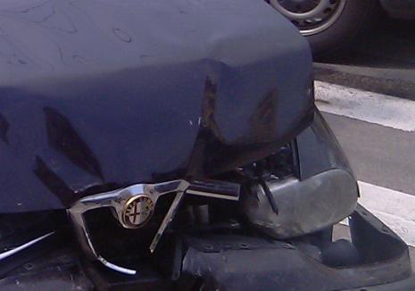Un tânăr din Tulca a petrecut noaptea în Arest: După o noapte de beţie, a furat un Alfa Romeo şi s-a oprit într-un gard