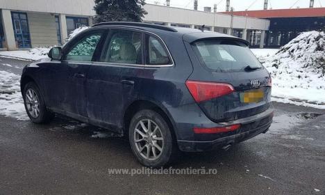 Trei mașini furate, în valoare de 100.000 euro, au fost oprite la intrarea în ţară prin Borş (FOTO)