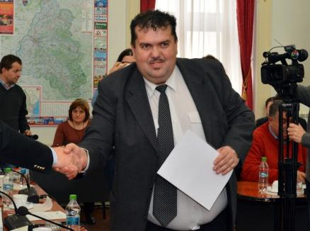 Asta mai lipsea! ALDE Bihor organizează un 'campionat' de fotbal între echipele mai multor partide