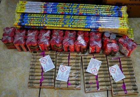 Doi orădeni cu dosare penale, după ce jandarmii i-au prins cu peste 25.000 de petarde şi artificii (FOTO/VIDEO)