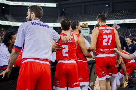 Baschet: După un final dramatic, CSM CSU Oradea a pierdut la limită, cu 88-89, derby-ul de la Cluj, cu U BT (FOTO)