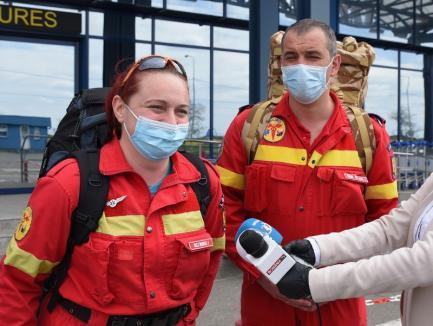 Medicii și asistenta din Oradea care au tratat în Italia pacienţi de COVID-19 au ajuns acasă: 'Suntem bucuroşi că niciunul dintre noi nu a fost infectat' (FOTO / VIDEO)