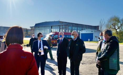 'Onoare numelui de român': Medicii din România, inclusiv cei din Bihor, au ajuns în Italia. Au fost întâmpinaţi de ambasadorul George Bologan (FOTO)