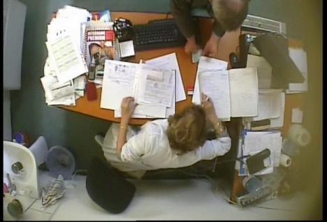 Experţi în şpăgi: Detalii şocante privind sistemul corupt patronat de medicii de la Pensii (FOTO)