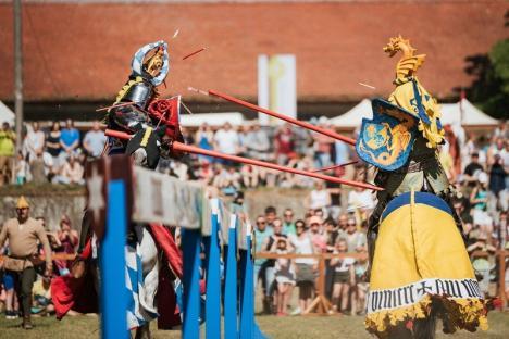 Cel mai bogat festival medieval de până acum, la Oradea: 600 de luptători şi domniţe, turniruri 'full contact', Cristi Minculescu, Dan Bittman şi Subcarpaţi (FOTO)