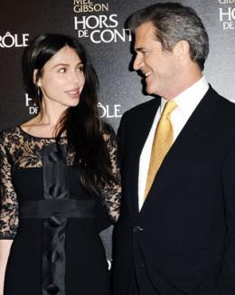 După ce au devenit părinţi, Mel Gibson şi iubita lui s-au despărţit