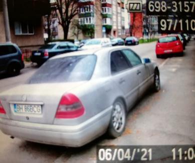 Mercedes abandonat, ridicat de Poliția Locală din Oradea