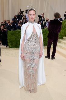 Emma Răducanu, la Met Gala alături de staruri internaţionale. A purtat o ţinută Chanel(FOTO)