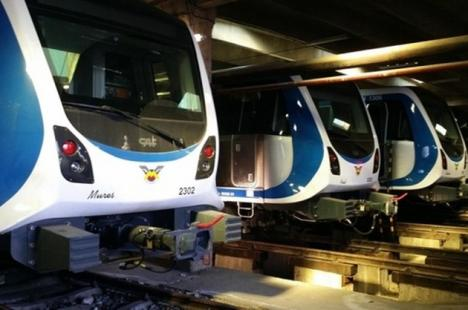 Afacere în Bucureşti: Metrorex a cumpărat vagoane de 100 de milioane de euro, dar nu încap în staţii