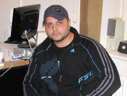 Condamnat la 8 ani de închisoare pentru evaziune fiscală, interlopul orădean Carmen Mihai Pandel s-a făcut nevăzut. Poliţiştii l-au dat în urmărire generală