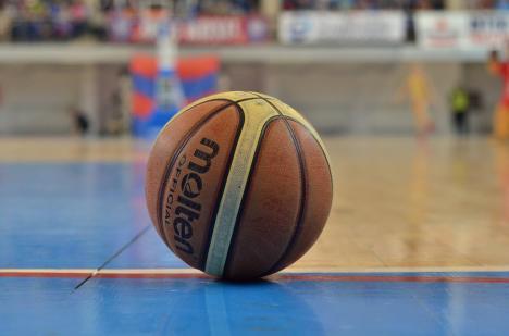 Turneu național de baschet juvenil, în weekend, la Oradea