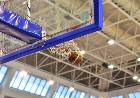 Baschet feminin: Universitatea CSM Oradea a cedat cu 45-61 jocul de pe teren propriu cu CSM Târgovişte