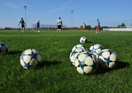 Întâlnirea online a şefului FRF cu liderii AJF nu a stabilit încă o formulă de încheiere a sezonului competiţional fotbalistic