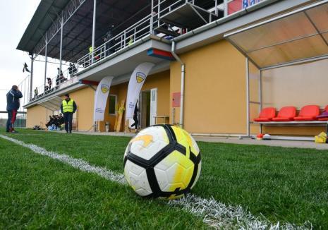 Liga a III-a, la fotbal: CSC Sânmartin joacă vineri la Cisnădie, cu Viitorul Șelimbăr, iar Luceafărul Oradea, sâmbătă, acasă, cu Minaur Baia Mare