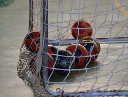 O nouă înfrângere la scor pentru handbalistele de la CSU CSM Oradea: 16-43 la Deva, cu Cetate