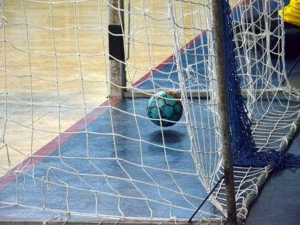 Handbaliştii de la CSM Oradea încheie turul de campionat, pe teren propriu, cu derby-ul cu CSM Satu Mare