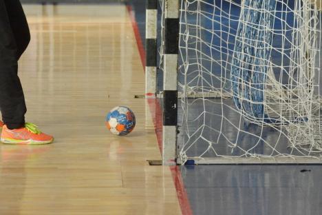 Handbaliştii de la CSM Oradea joacă duminică la Arena Antonio Alexe, cu Unirea Sânnicolau Mare
