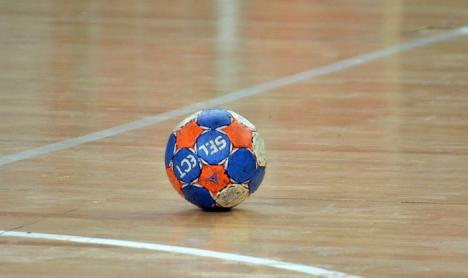 Handbalistele de la CSU Oradea susţin primul joc de pe teren propriu din noul sezon