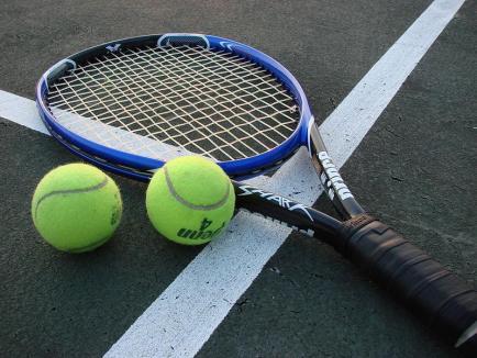 După Cupa Crișului Repede și Cupa Moș Crăciun, CSM Oradea organizează şi Cupa Anului Nou la tenis