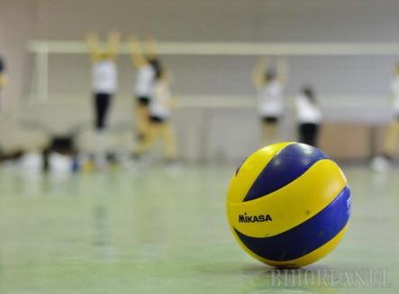 Primul joc din noul an și pentru voleibaliste, sâmbătă, cu CSM Sibiu