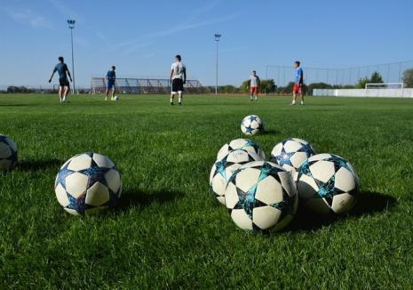AJF Bihor: Medicii şi asistenţii echipelor de fotbal din judeţ vor avea truse medicale complete