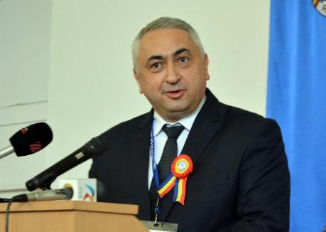 Ministrul Educaţiei, la Oradea: Până la începutul anului şcolar, sper să avem cod de etică în învăţământul preuniversitar