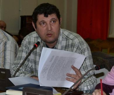 Dezbatere pe buget: ONG-urile orădene cer municipalităţii finanţări nerambursabile