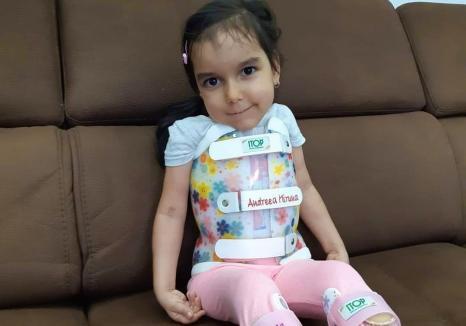 Târg caritabil pentru Miruna, o fetiță bolnavă de amiotrofie spinală, la ERA Park Oradea