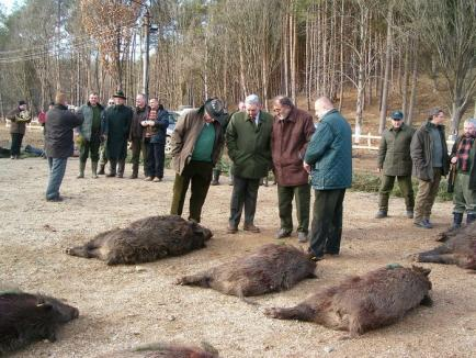 Ţiriac se întoarce la Balc: După ce în decembrie au împuşcat cerbi în Caraş-Severin, amicii mogulului vin în Bihor după mistreţi