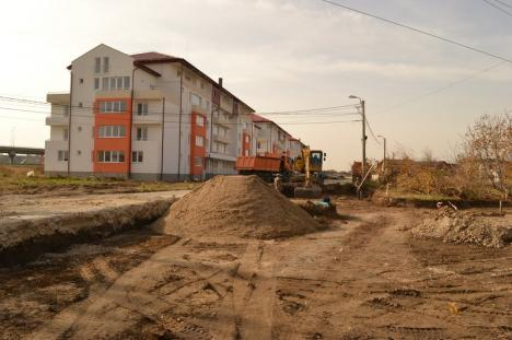 Strada Balogh Istvan de la noile blocuri ANL a intrat în lucrări de asfaltare (FOTO/VIDEO)