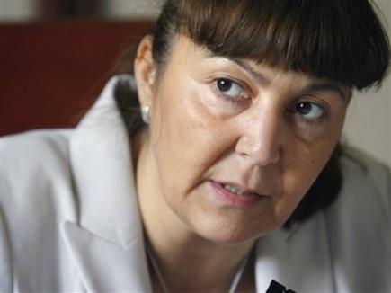 În sfârşit, s-a prins şi Monica Macovei: 'Toţi fură'