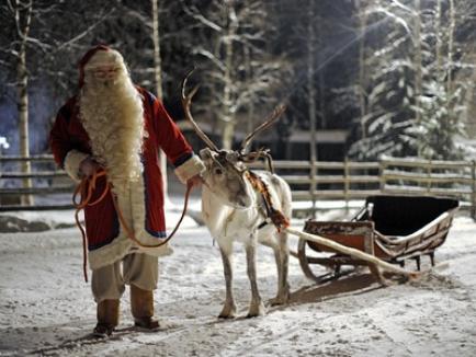 Crăciun 2015: Povestea din spatele imaginii lui Moş Crăciun, aşa cum îl cunoaştem cu toţii