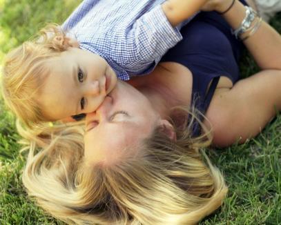 Concediul maternal va fi redus la un an, cu voia PDL
