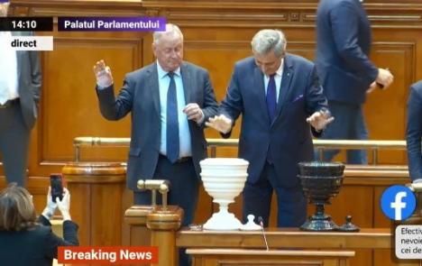 A căzut Guvernul Dăncilă! Moţiunea de cenzură a trecut cu 238 de voturi