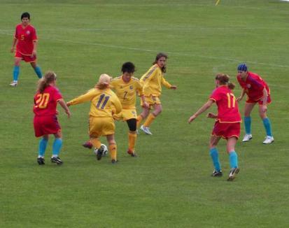 Echipa feminină de fotbal Motorul a remizat împotriva piteştencelor de la Alice Tunes (FOTO)