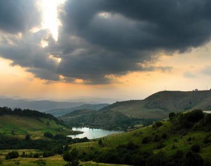 Se caută cele mai frumoase fotografii din Munţii Apuseni (FOTO)