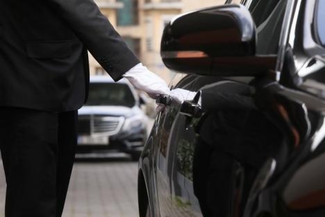 Fă-ţi şi tu intrarea cu stil! MyDeck, primul serviciu premium de transport persoane din Vestul Ţării