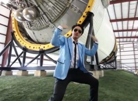 """Nici ei nu s-au putut abţine: Parodie """"Gangnam style"""" făcută de NASA (VIDEO)"""